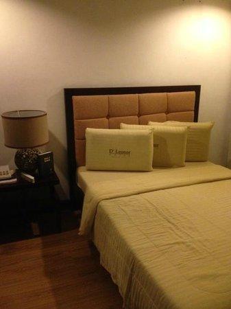 D'Leonor Hotel: room