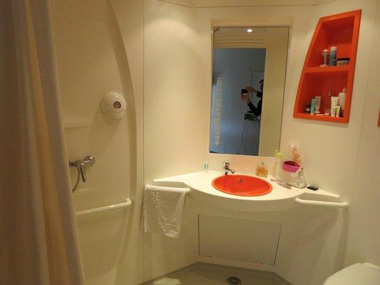 iStay Hotel Porto Centro: Salle de bain