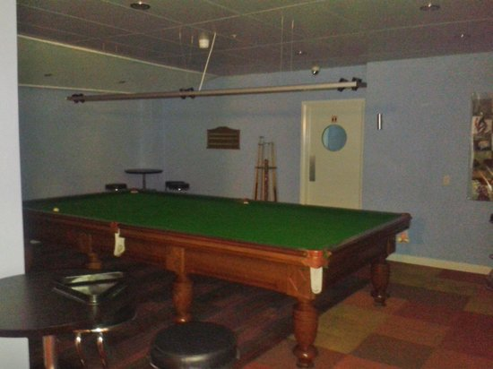 Kangaroo Inn : snooker table