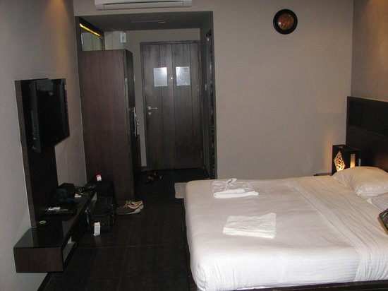 16 Degrees North: Premium Room from the otherside