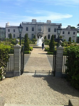 Radisson Blu St. Helen's Hotel, Dublin: Nice location
