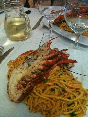 Bakery Restaurant & Pizza : Spaghetti alla chitarra con astice e pomodorini