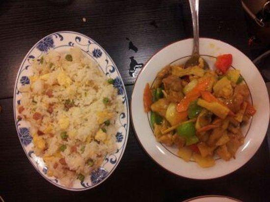 Le Panier D'or : porc au curry et riz cantonais