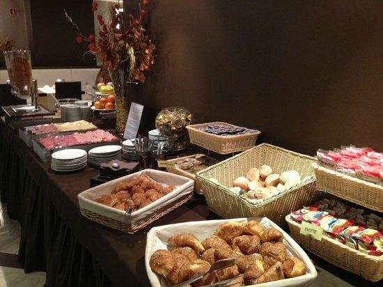 Soperga Hotel: Continental Breakfast