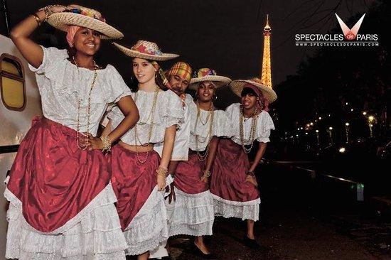 Spectacles De Paris: Diner croisière TROPIQUES SUR SEINE