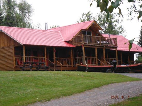 Chalets Restigouche: Beautiful Accommodations