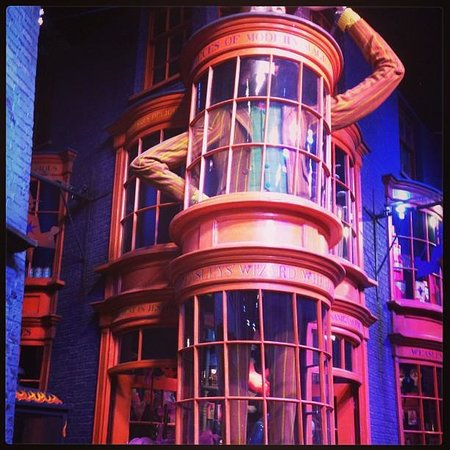 Dumbledore's office - Picture of Warner Bros. Studio Tour London - The Making of Harry Potter ...
