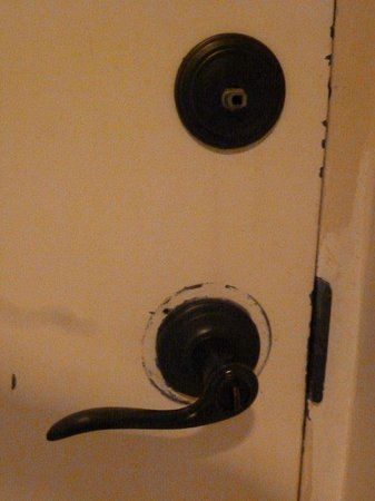Emerald Isle: knob missing on deabolt and lock on doorknob spins