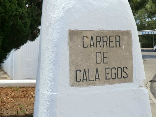 Restuarant Cala Egos: on this street............