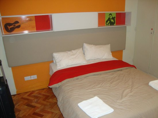 Hostel Suites Florida: Quarto