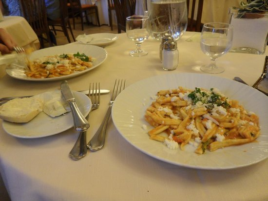 Michelangelo Hotel: Homemade pasta. A very hearty starter. Yum!
