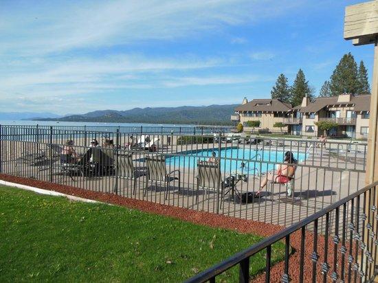 Tahoe Lakeshore Lodge and Spa: piscine