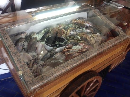 Restaurant Le Méditerranée: carrello del pesce