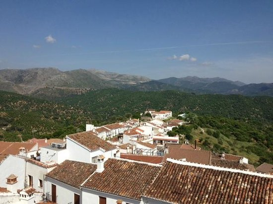 Hotel Los Castanos: view of Cartijima from the roof top terrace at Los Castanos