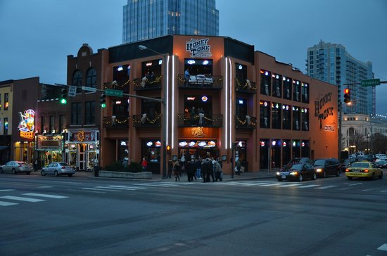 Downtown Nashville Bars On Broadway