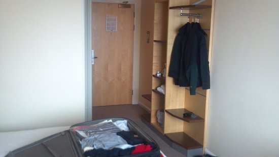 Holiday Inn Express, Ramsgate - Minster: typical room