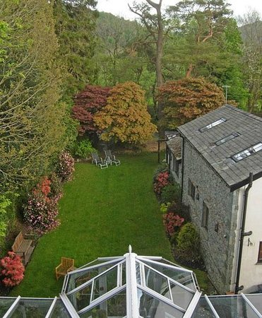 Oak Bank Hotel: View from Room 7