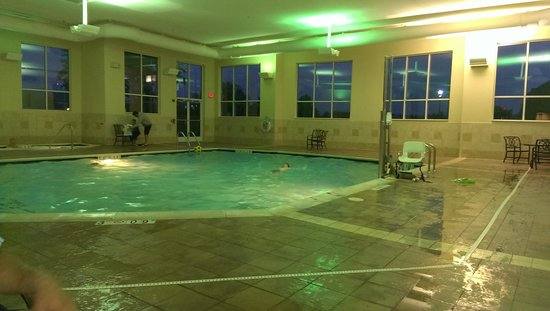 Holiday Inn Hotel & Suites Beckley : The pool