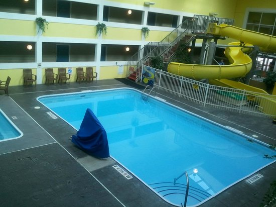 Best Western Lakewinds Pool Area At In Ludington Michigan