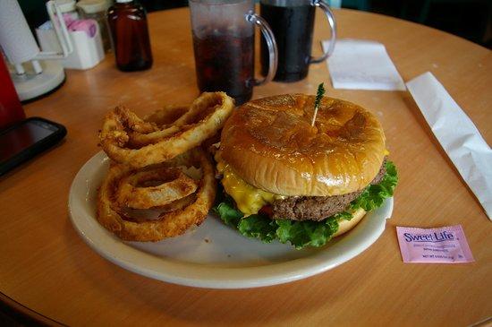 Cotham's Mercantile: The Hubcap Burger