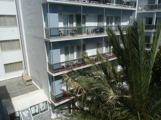 Hotel Mediterranean: vue du balcon