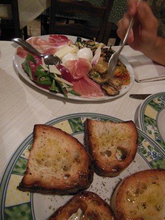 Al Vaglio: pane abbrustolito di accompagnamento