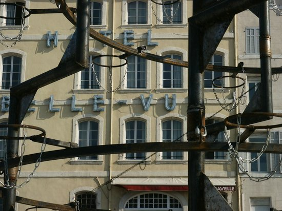 Hotel Bellevue : Carabosse s'installe...