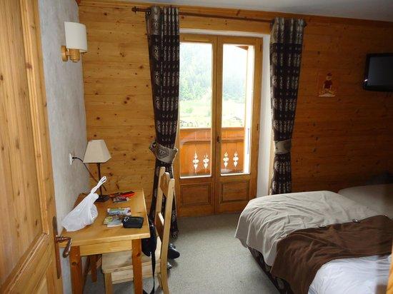 Logis La Croix Saint-Maurice Hotel: la chambre