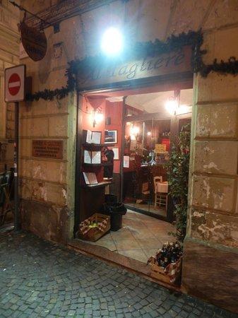 Osteria Al Tagliere: Particolare dell'entrata del locale