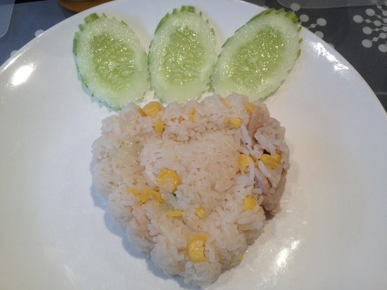 Paradiso Boutique Suites: Fried rice set (breakfast)