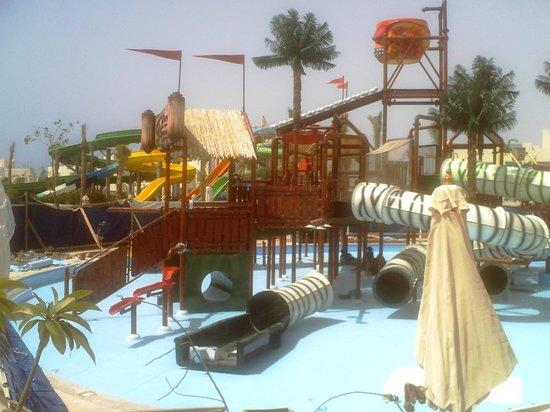 Le Royal Holiday Resort: New Activity Slide