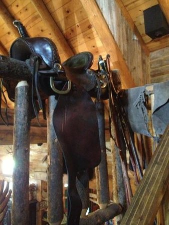The Lodge At Red River Ranch: saddle