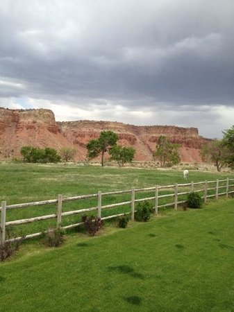 The Lodge At Red River Ranch: coral outback