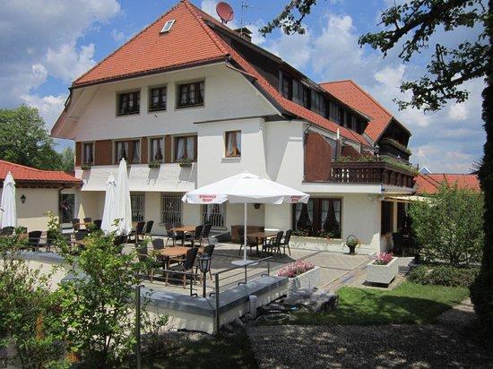 Hotel-Cafe-Restaurant Nägele: Terrasse latérale