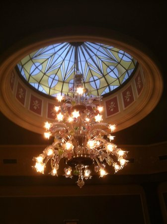 Hotel Esplanade Prague : Splendido lampadario
