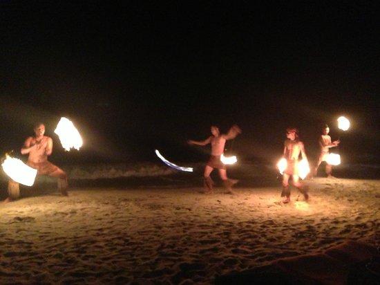 The Aiyapura Koh Chang: Fire show on the beach