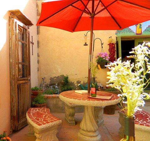 Vintage Wines: Charming Patio