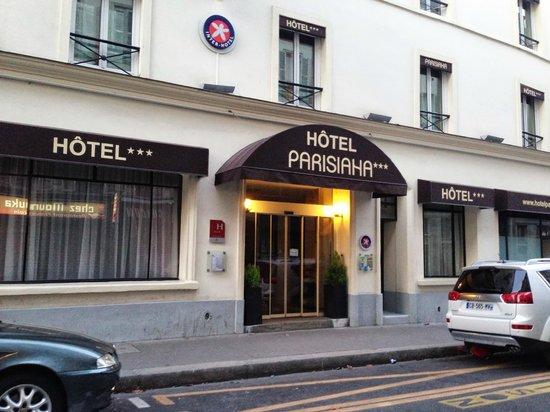 Hotel Parisiana : View of hotel from street