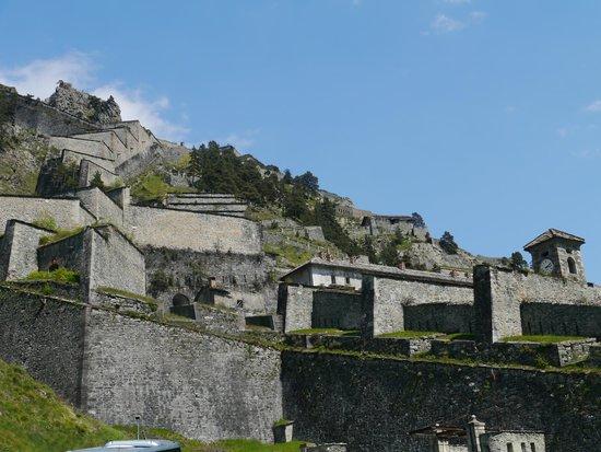 Bella Baita Bed & Breakfast: the fort