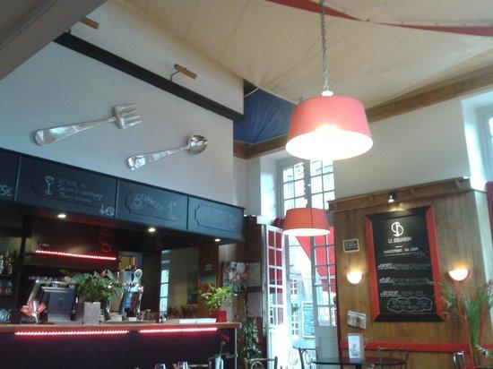 Le Boujaron Restaurant Rotisserie BAr: L'intérieur du restaurant