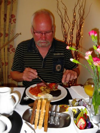 Avalon Guest House: Breakfast