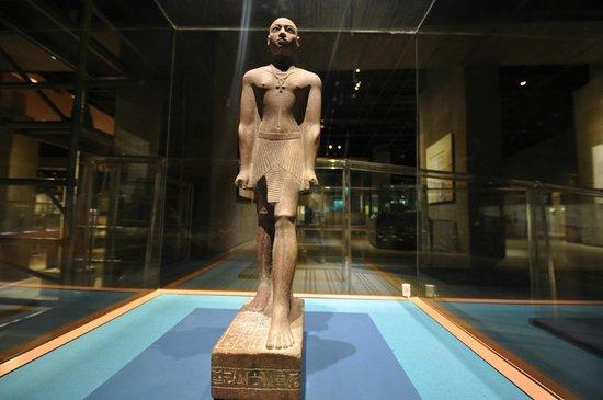 Musée de la Nubie : Statue, Nubian Museum, May 2013