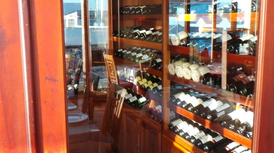 Nam Bo Boutique Hotel: Rooftop Wine Room