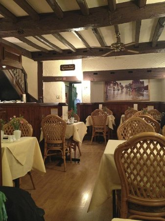 Shalimar Restaurant: nice, clean atmosphere