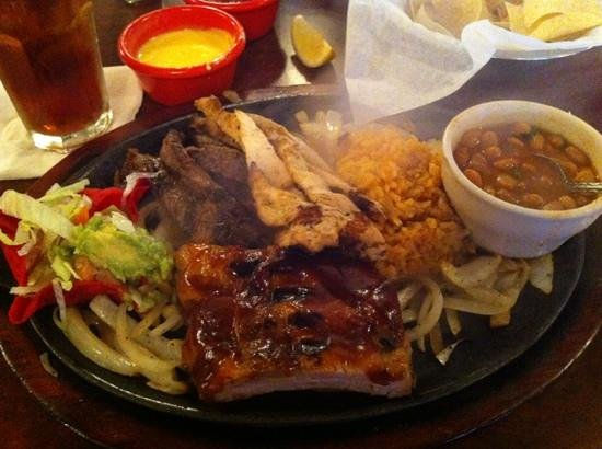 Los Cabos Mexican Grill & Steak House: Ribs, Beef, and Chicken Fajita Combo