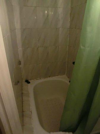 Hostal Albero: Toilet