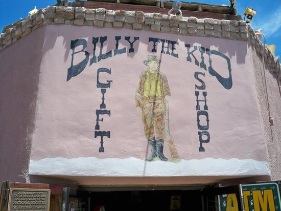 Billy the Kid Gift Shop : Outside of building