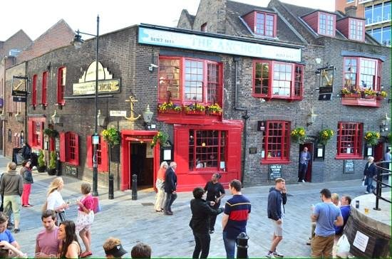 London Tavern Trails: The Anchor pub.