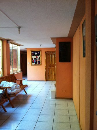 Hotel Santa Fe: Hallway.