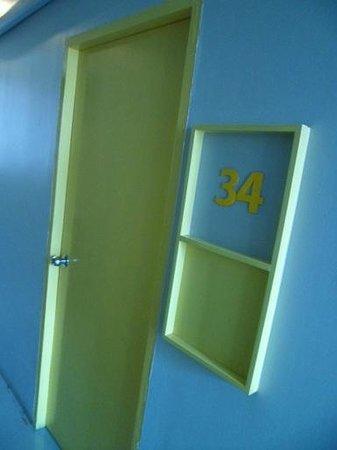 ETZzz Hostel: the room's door
